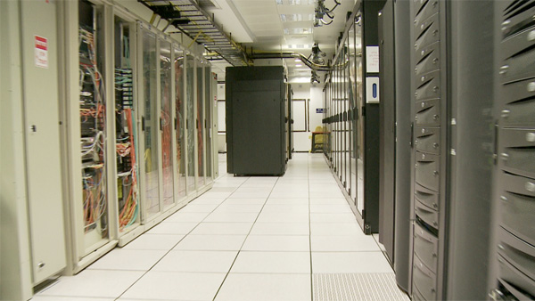 Future Lab: Earth Day 2011 – Curbing the Carbon Footprint of Data Centers